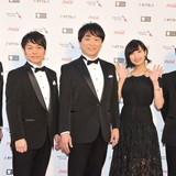 (左から)東地宏樹、野島健児、関智一、佐倉綾音、塩谷直義監督