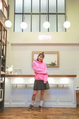 高槻かなこ×ファッションブランド「atmos pink」コラボアイテムが人気 来春には第2弾も決定