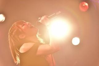 佐咲紗花が約1年ぶりフルバンドでライブ 「ガルパン最終章」主題歌ほか全22曲を披露