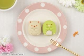 """「すみっコぐらし」が""""かわいくて美味しい和菓子""""に ファミリーマートで発売"""