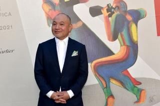 ベネチア国際映画祭に登壇した湯浅監督