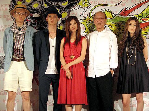 蜷川幸雄の新たなミューズ、吉高由里子が大胆ヌードも披露。「蛇にピアス」