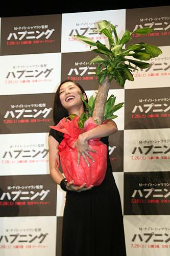 シャマラン監督から新婚の小池栄子へ、嬉しい「ハプニング」 - 画像6