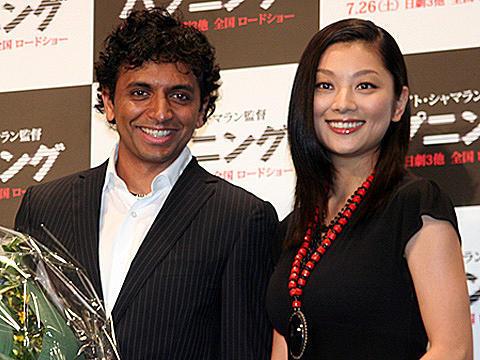 シャマラン監督から新婚の小池栄子へ、嬉しい「ハプニング」