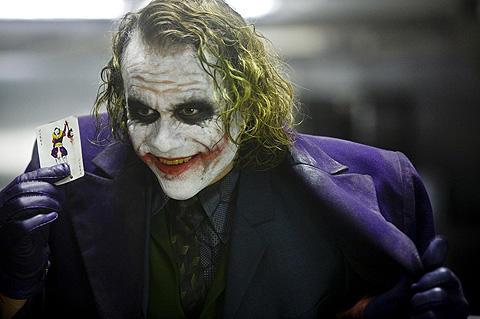 バットマン「ダークナイト」が全米史上最高169億円のオープニング記録!