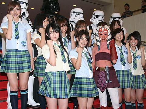 AKB48が「スター・ウォーズ」の試写会をお手伝い!