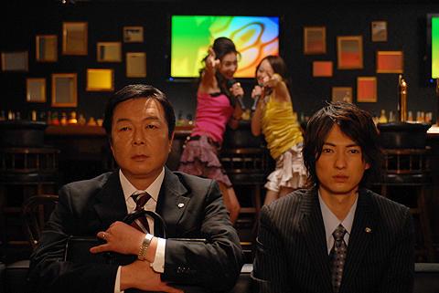 古田新太が映画初主演「小森生活向上クラブ」。主題歌にビークル