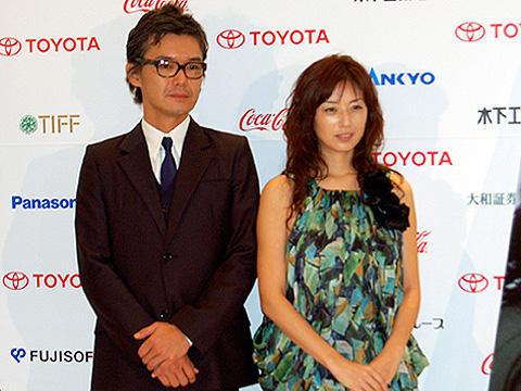 """東京国際映画祭「コトバのない冬」会見で、渡部篤郎""""監督""""に質問集中!"""