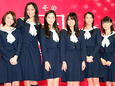 福田沙紀「浮気許せない!」。ガールズトークに花を咲かせる「櫻の園」会見