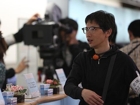 「ハッピーフライト」関連書籍が続々。矢口史靖監督が14日に新宿でサイン会!