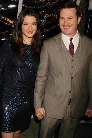 レイチェル・ワイズの夫が、妻のキャットウーマン役出演の噂を語る