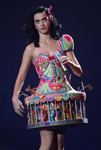 今年のレッドカーペットを飾ったベスト&ワーストドレス全20点発表