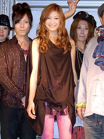 山田優の完璧スタイルに感嘆!「カンナさん大成功です!」ガールズイベント