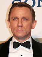 クールなボンドを体現した クレイグが第1位!「007 慰めの報酬」