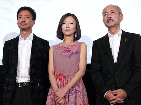 椎名桔平が思わずネタバレ?松雪泰子主演「余命」、妊婦プレミア上映会