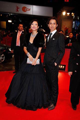 チャン・ツィイー、30歳に。「花の生涯」ベルリン映画祭プレミアに出席
