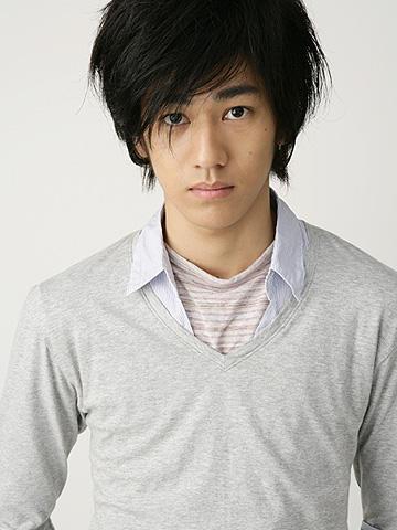 注目の若手俳優・永山絢斗に直撃!KERA監督作「罪とか罰とか」を語る