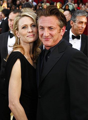ショーン・ペンがオスカー受賞スピーチで妻に感謝しなかった理由とは?
