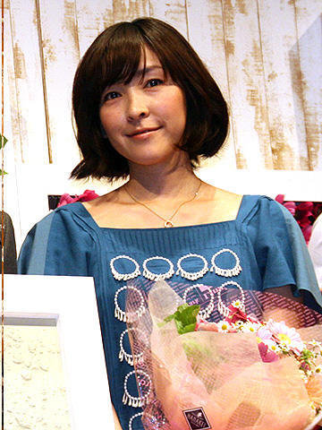 岡田准一が本格的ラブストーリーに初挑戦。「おと・な・り」