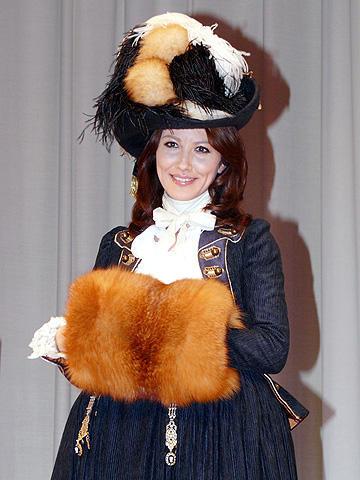 山本モナ、「ある公爵夫人の生涯」のスキャンダラスな主人公に共感