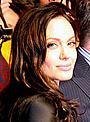 アンジェリーナ・ジョリー、ブラピと共演のナタリー・ポートマンに嫉妬?
