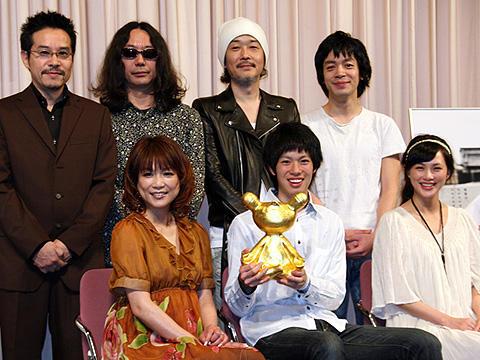 「色即ぜねれいしょん」主演の渡辺大知、舞台挨拶で童貞をバラされる!