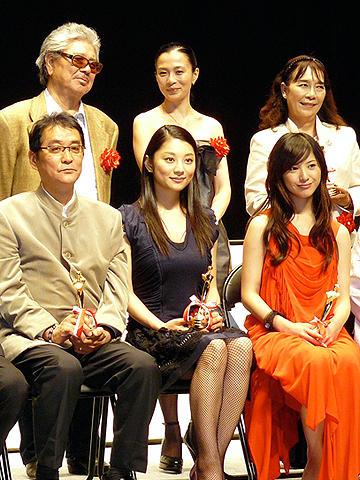 小池栄子、次はアノ人に接吻を志願!第18回日本映画批評家大賞授賞式