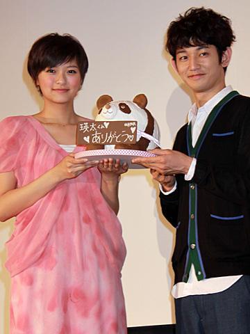 榮倉奈々、主演作「余命1ヶ月の花嫁」動員120万人突破に感無量