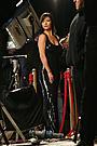 キャサリン・ゼタ=ジョーンズ、魅惑のシャンプーCMで2.4億円獲得