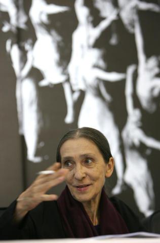 ドイツ人バレエ振付師ピナ・バウシュさんが、ガンのため68歳で死去