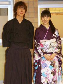 岡田と夏帆の共演は「天然コケッコー」以来