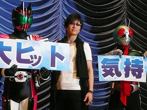GACKT登場に大歓声!「仮面ライダーディケイド」初日