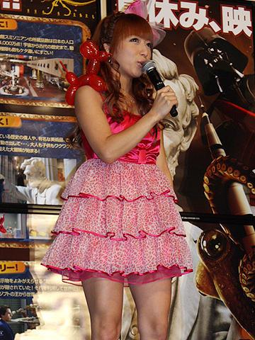 辻希美、吹替え版は「私でも分かる」。「ナイトミュージアム2」舞台挨拶