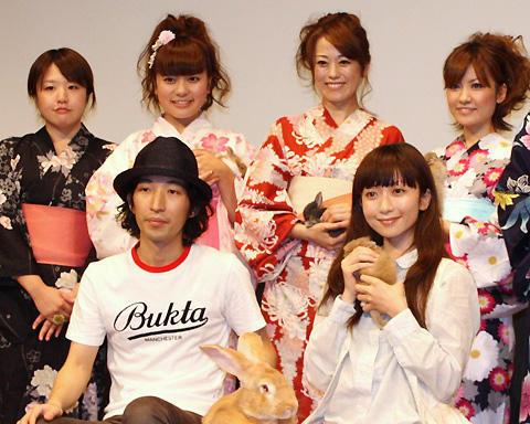 持田香織、理想の女性は「姿勢がよくて足を開かない人」。「女の子ものがたり」