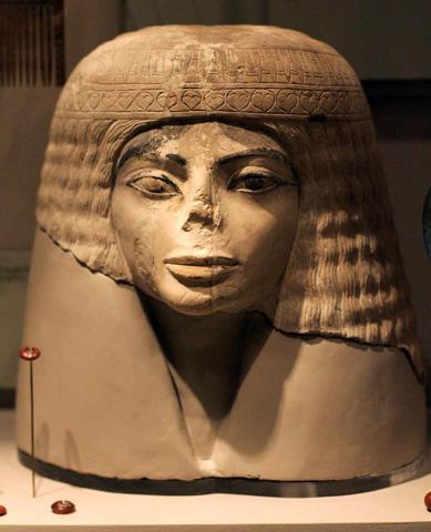 マイケル・ジャクソンそっくり!シカゴ博物館の古代エジプト像が大人気