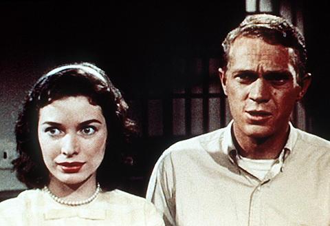 「人喰いアメーバの恐怖」をロブ・ゾンビ監督がリメイク