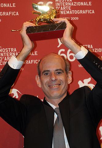 金獅子賞はイスラエル映画「レバノン」、塚本&ムーアは無冠。ベネチア映画祭閉幕
