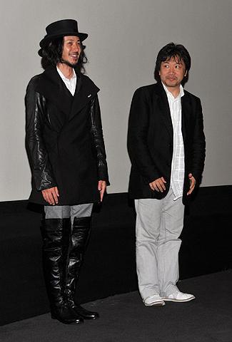 是枝裕和監督&オダジョー「空気人形」上映でトロント市民が熱烈歓迎
