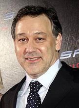 サム・ライミ監督がモンスター映画をプロデュース。主役は雪男