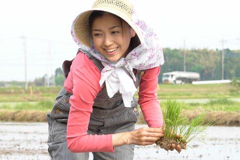 元「王様のブランチ」新妻聖子、「アンダンテ/稲の旋律」で映画初主演