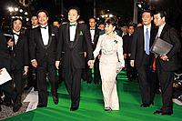 鳩山由紀夫首相、鳩山幸首相夫人