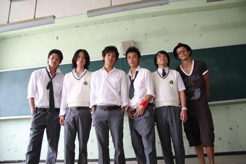 小栗旬、念願の初監督作「シュアリー・サムデイ」は小出恵介主演