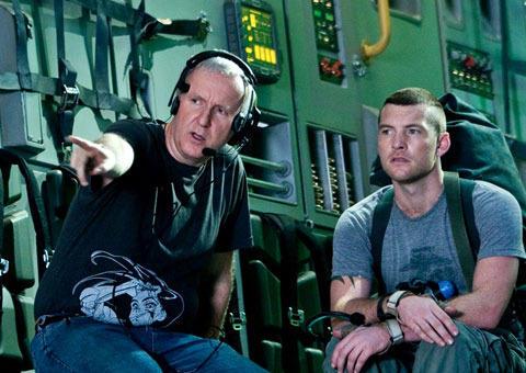 ハリウッド映画史上初「アバター」キャメロン監督の舞台挨拶を3D中継