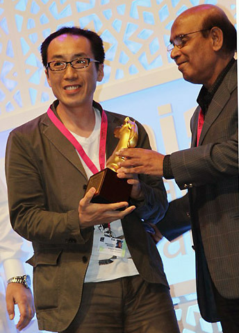 日本映画「フツーの仕事がしたい」ドバイ映画祭で最優秀ドキュメンタリー賞
