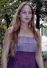 噂の美少女、リーリー・ソビエスキーが初来日