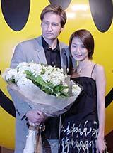 記者会見には 藤崎奈々子が花束贈呈に駆け付けた「エボリューション」