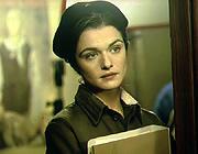 今、一番ノッてるイギリス女優は?