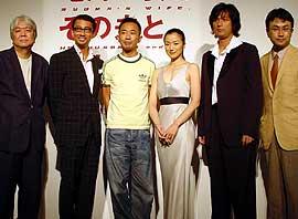 (左より)市川準監督、中井貴一、木梨憲武、 鈴木京香、江口洋介、三谷幸喜