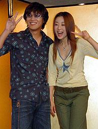ユンソナ(右)とピース!「猟奇的な彼女」