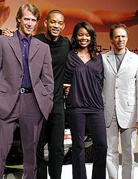 (左より)マイケル・ベイ、ウィル・スミス、 ガブリエル・ユニオン、ジェリー・ブラッカイマー「バッドボーイズ2バッド」